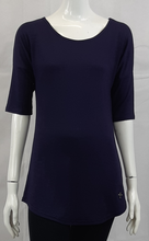 The Daphne Top will be one of your favorites; a great length to pair with leggings, it has a 3/4 sleeve and rounded bottom hemline, making it great for all seasons. A flattering shape, with a wide neckline and a drop sleeve, that allows you to get a bigger size for a looser fit; without looking too big. Proudly Made in Canada Fabrication: 67% Viscose from Bamboo 27% Organic Cotton 6% Spandex RESPECTERRE Colour Reign Purple $59.99