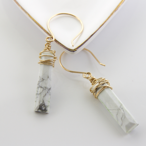Tangle Earrings - Howlite