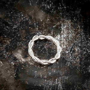 14K Gold Twisted Seamless Ring Hoop