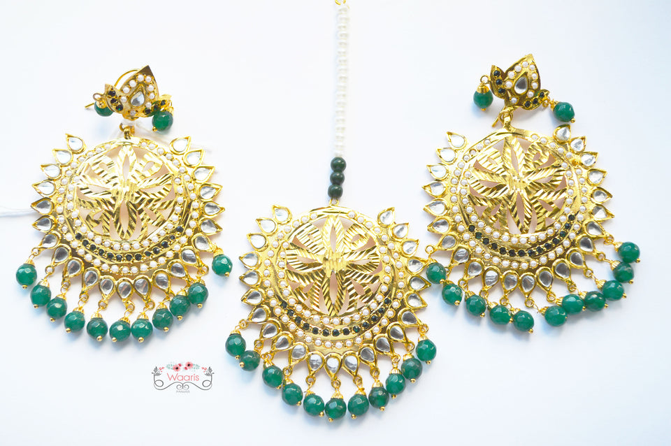 Earrings & Tikka in Green Color