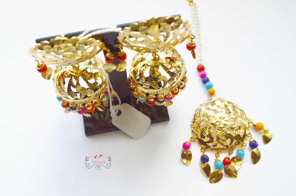 Multicolor Tikka and Earrings Set