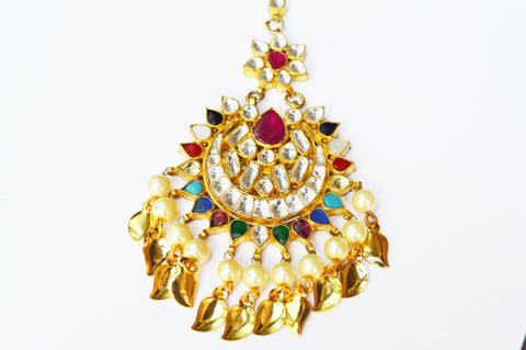 Multicolor Kundan Tikka with Gold Patiyan