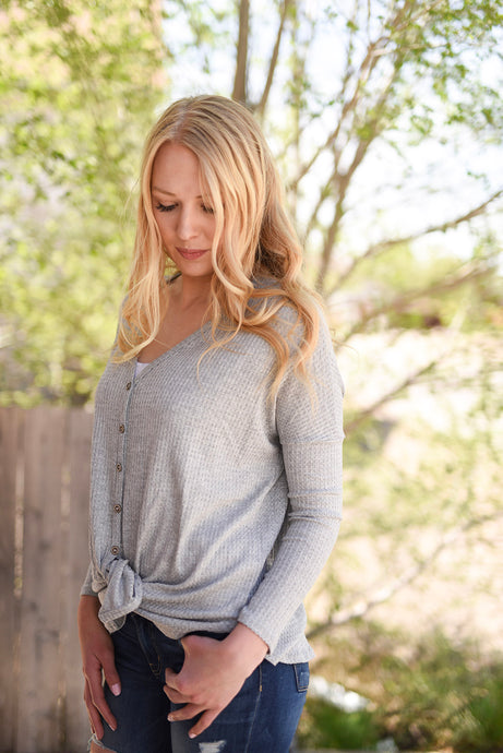 Evelyn2 Waffle Knit Button Up Top - Gray