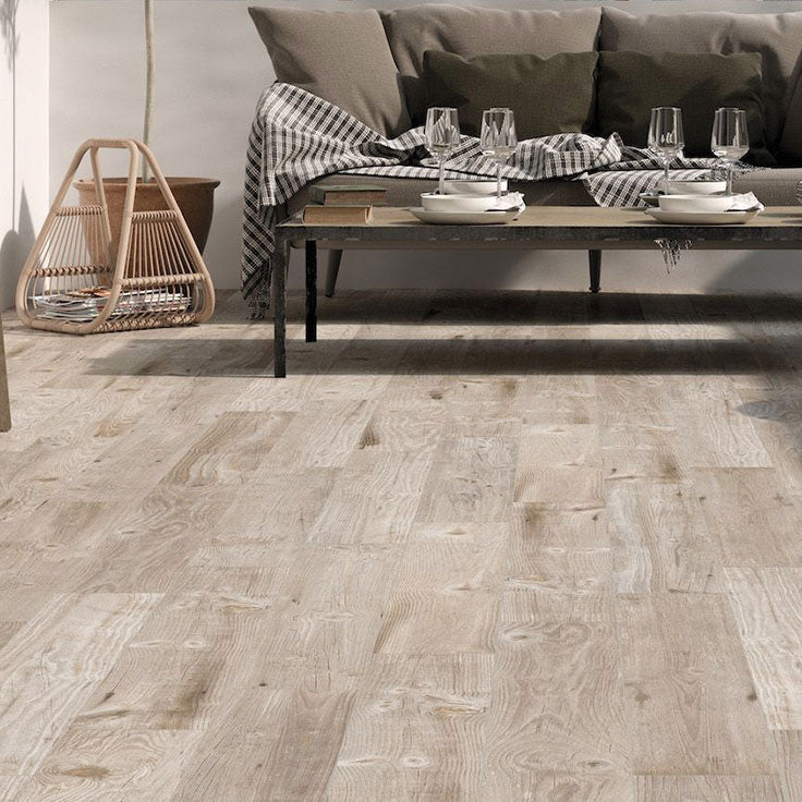 Although this may look like a hardwood floor, it's actually Tile Club's wood-look porcelain tile, Vancouver Miel, suitable for indoor and outdoor use in both residential and commercial settings!