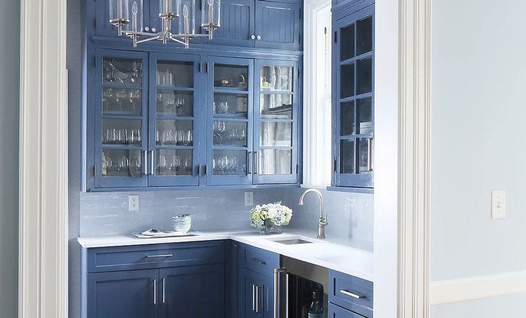 Westchester County ND Interiors - Glamorous Blue Butler's Pantry for Luxury Residential Design