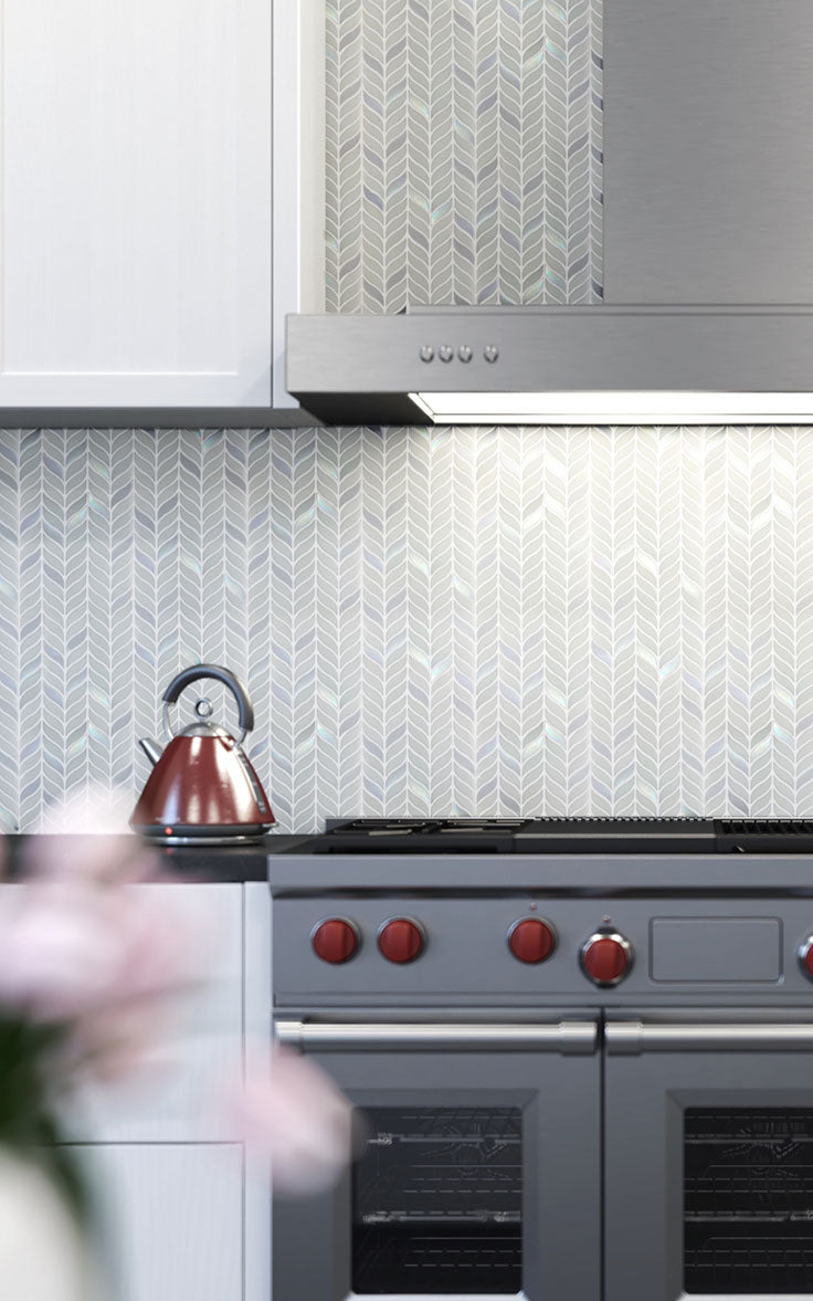 Light Patterned Tiles in Recycled Glass for an Eco-Friendly Home