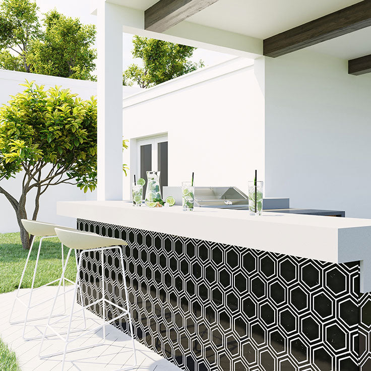 Outdoor Kitchen Island and Backyard Bar with Black and White Marble Hexagon Mosaic Tiles on the Island Facing