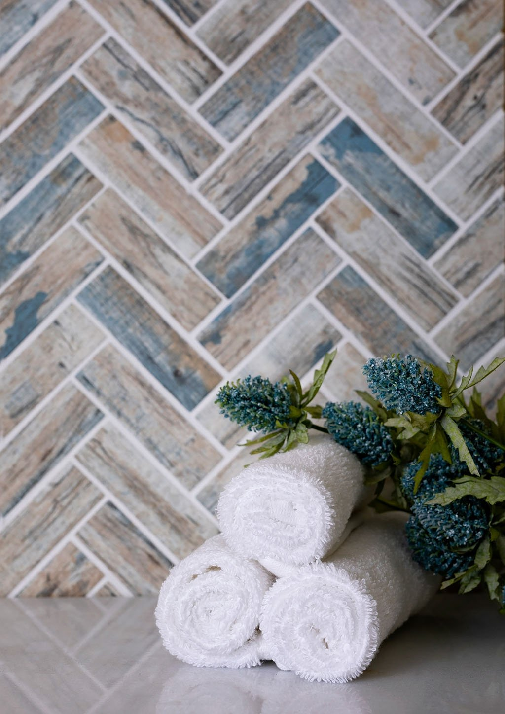 Recycled Glass Herringbone Mosaic In Blue Wood Color Is where Beach Style meets Rustic for Coastal Farmhouse Decor