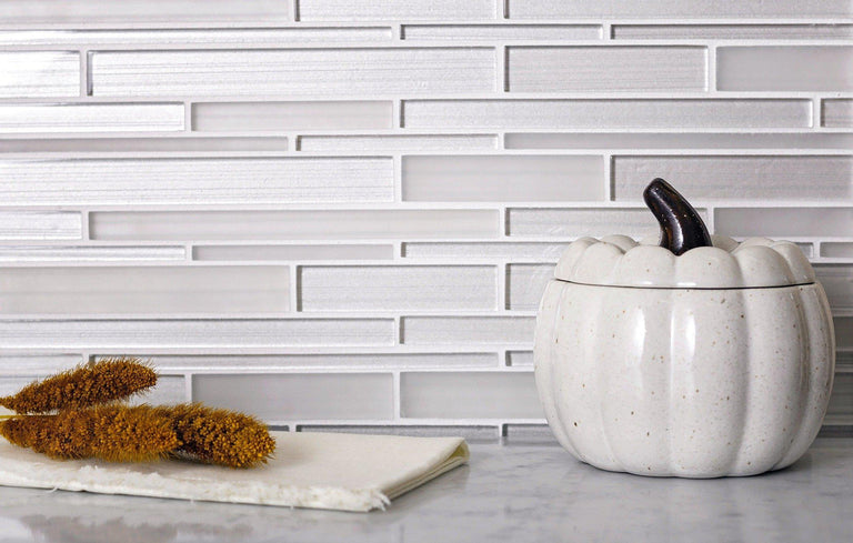 Fabrique White Linear Glass Mosaic Tile 2
