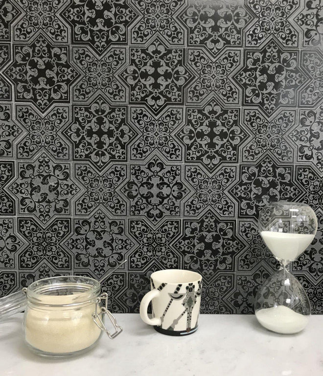 MOROCCAN CROSS BLACK ETCHED MARBLE TILE