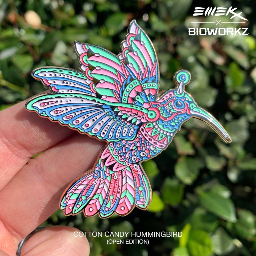 Cotton Candy Hummingbird Pin