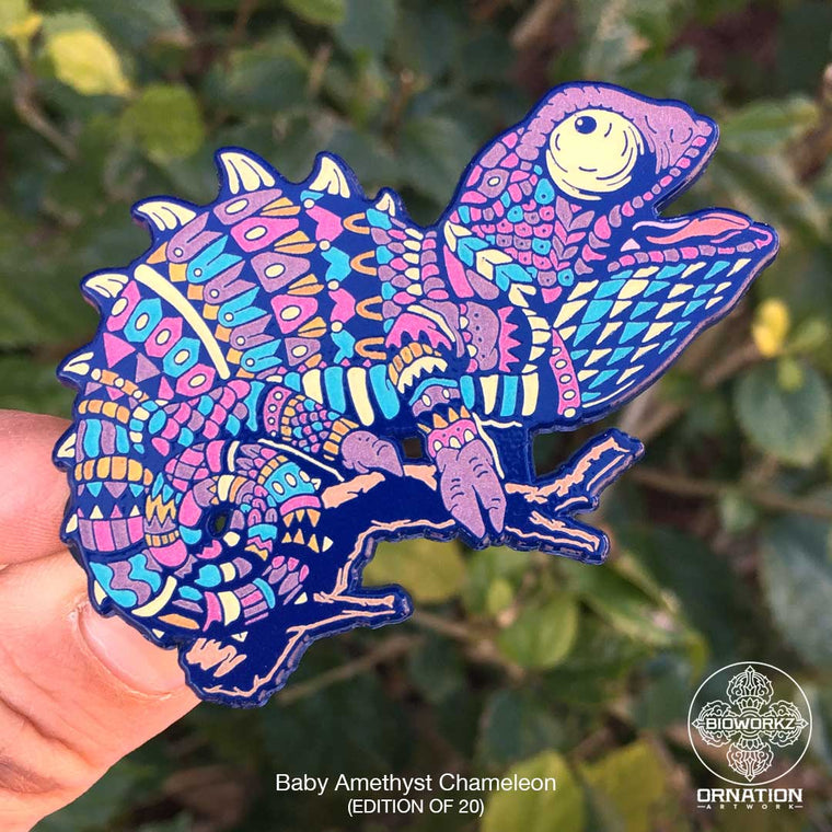 Amethyst Chameleon Pin (Edition of 20)