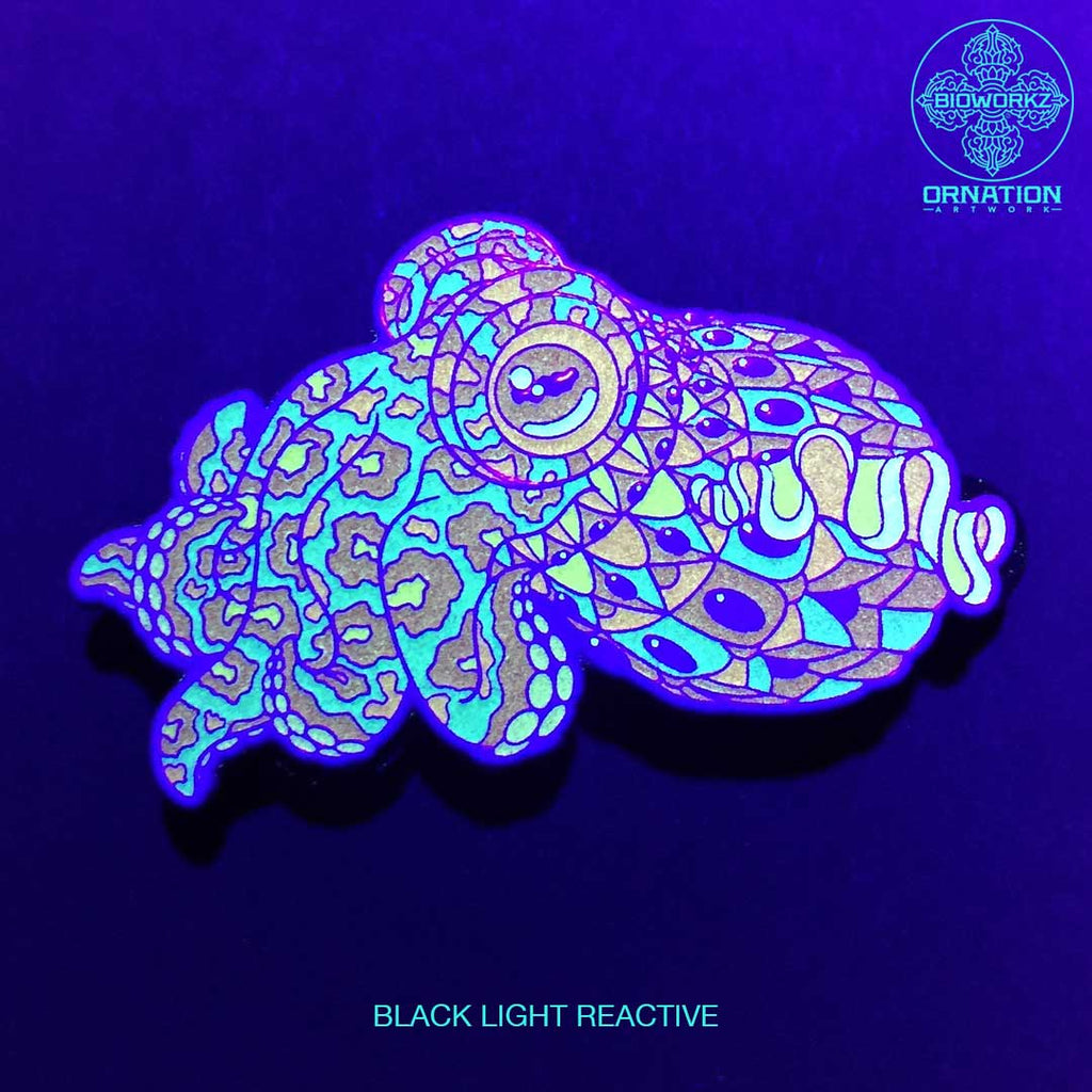Neon Glow Cuddlefish Pin (Edition of 55)