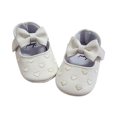 Millie (Pre-Walker Shoes) - B111 White Hearts