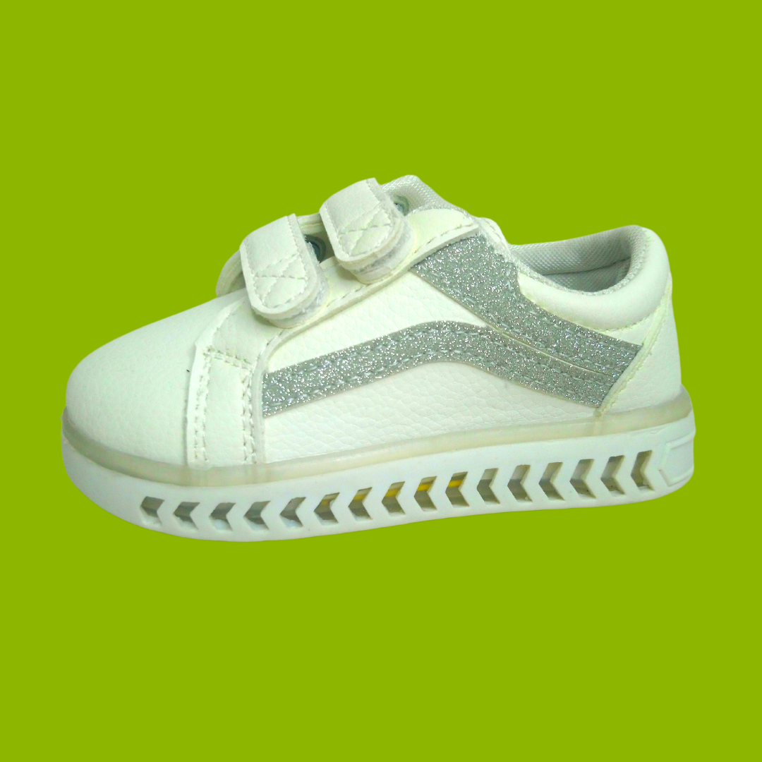 L255 Silver LED Lighted Shoes (1-6y)