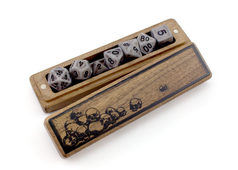 Skulls Dice Sleeve