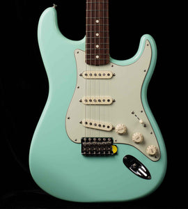 Fender Special Edition 60s Stratocaster Surf Green Lacquer Tweed Case