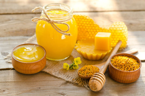 add beeswax in lip balm mix