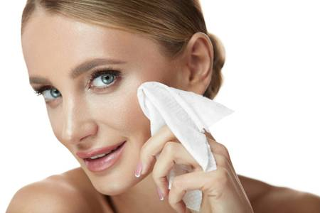 Makeup Remover Recipes for Glowing Skin