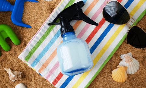 mix sunburn relief ingredients properly and pour into spray bottle