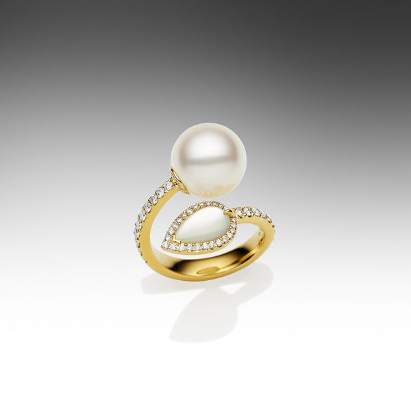 Maxima Snake Ring with Pearl