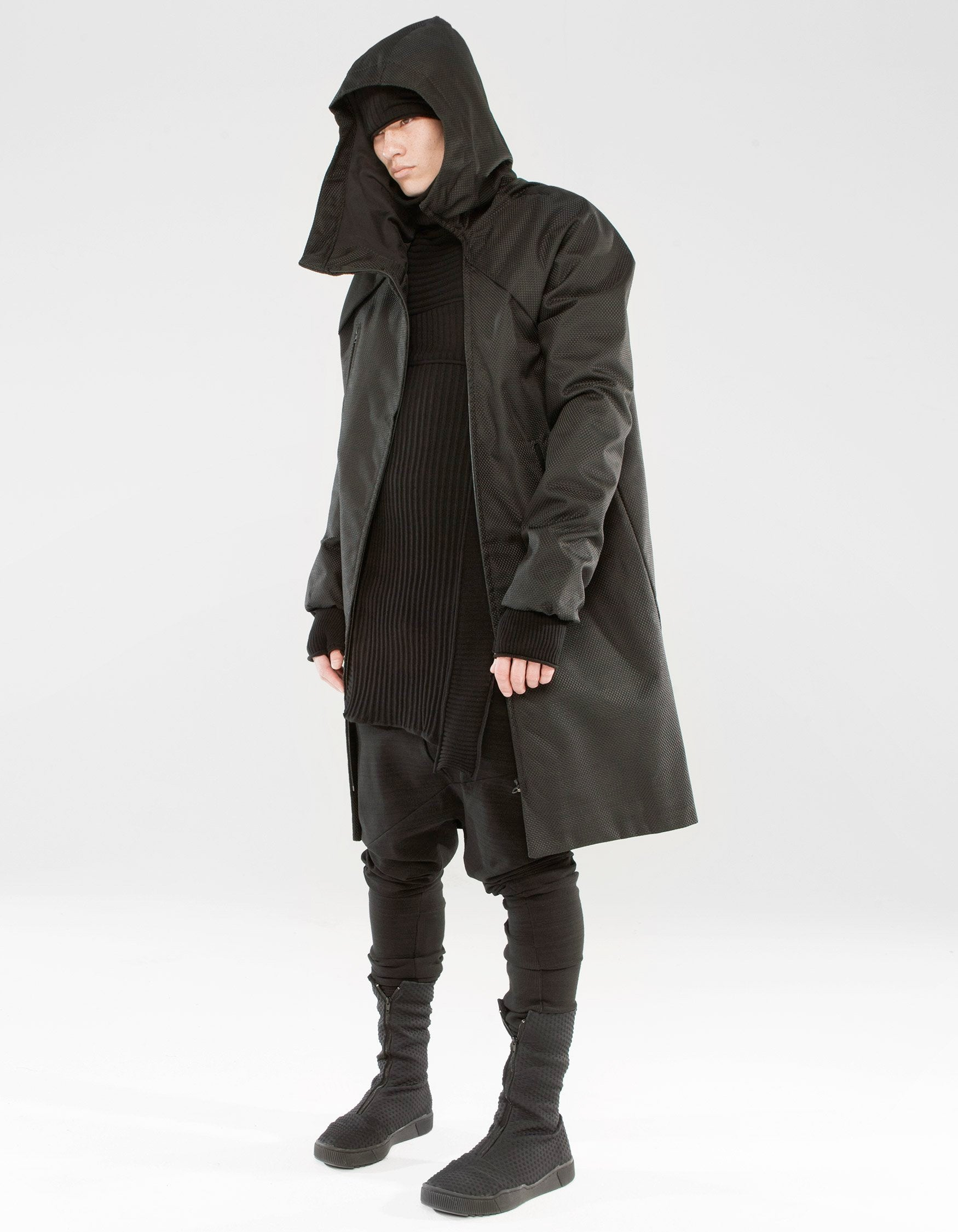 OVERCOAT BLACK FIELD