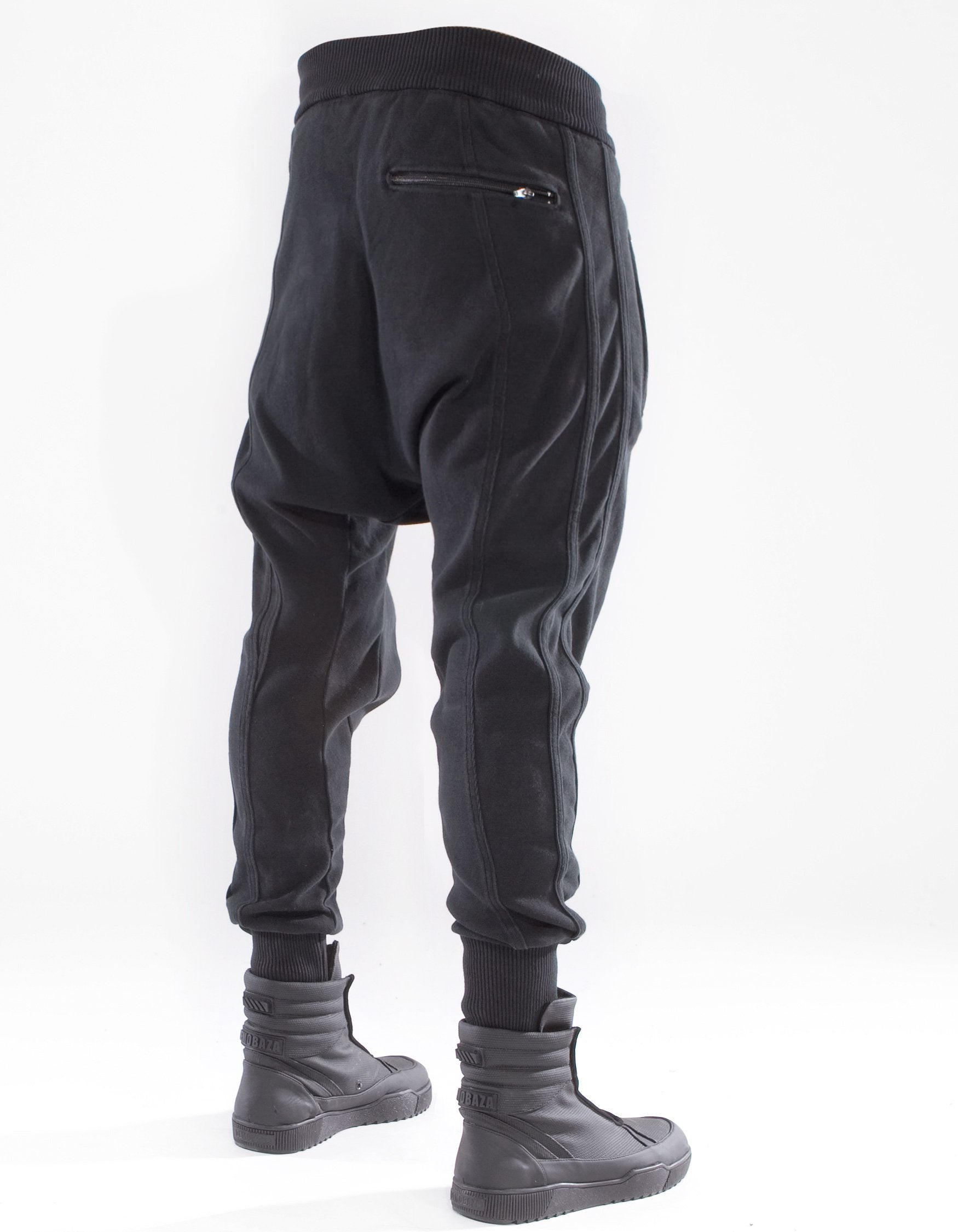 TROUSERS BASIC MOVEMENT