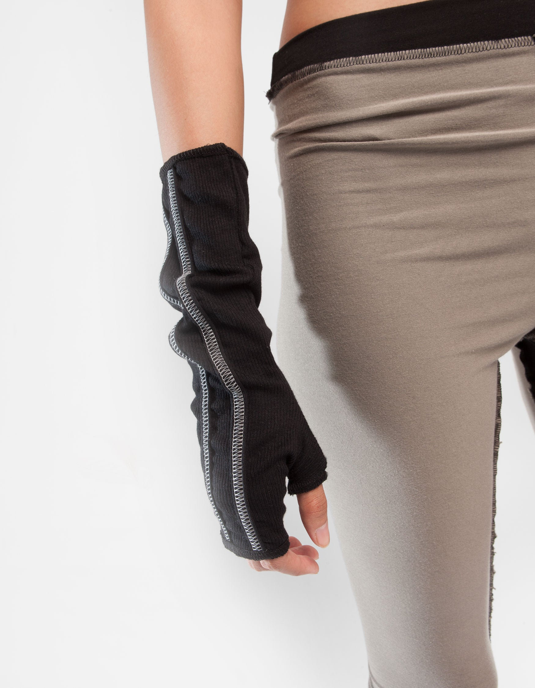 RIB GLOVES BLACK