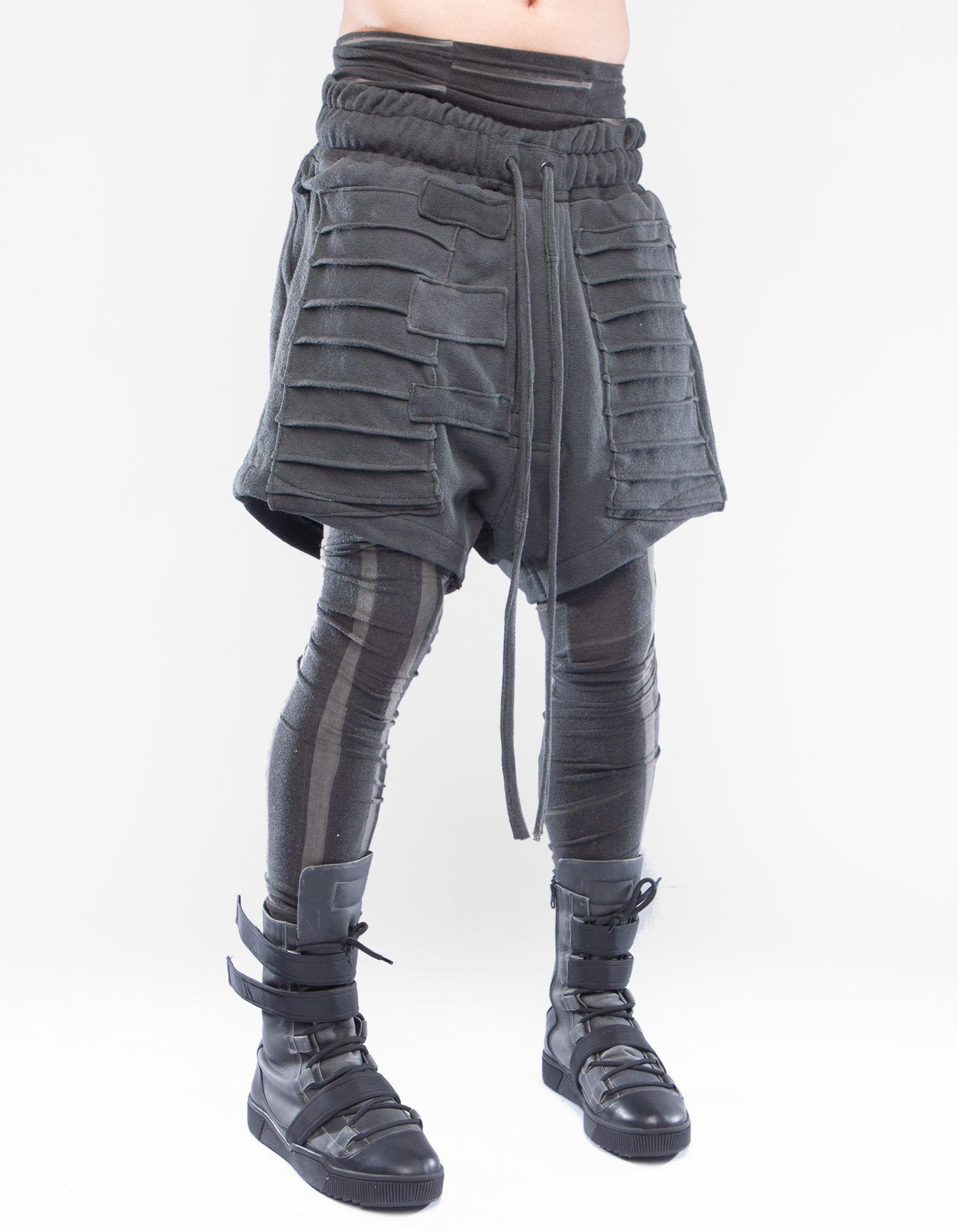 SHORTS GREY CRYSTALLIZE