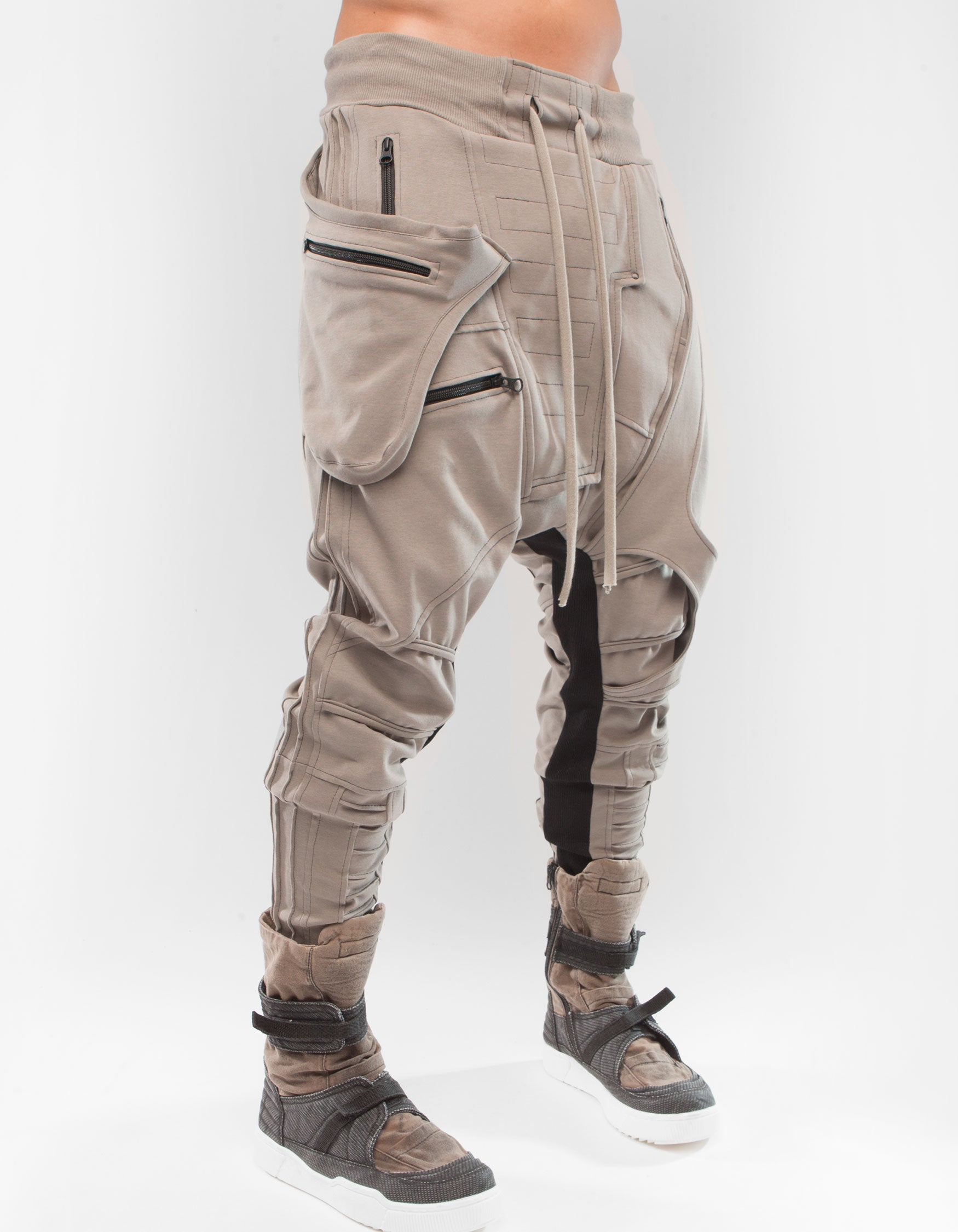 TROUSERS SVAMI SADDLEBAGS