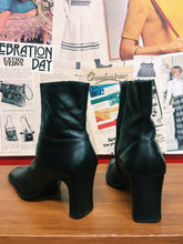 Bronx Leather Pointed Ankle Boots