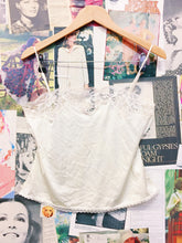 Vintage 1980s Pert N' Pretty by Formfit Ivory Lace Slip