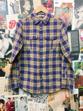 Levi's Plaid Button Up Shirt w/ Hot Pink Check Lining