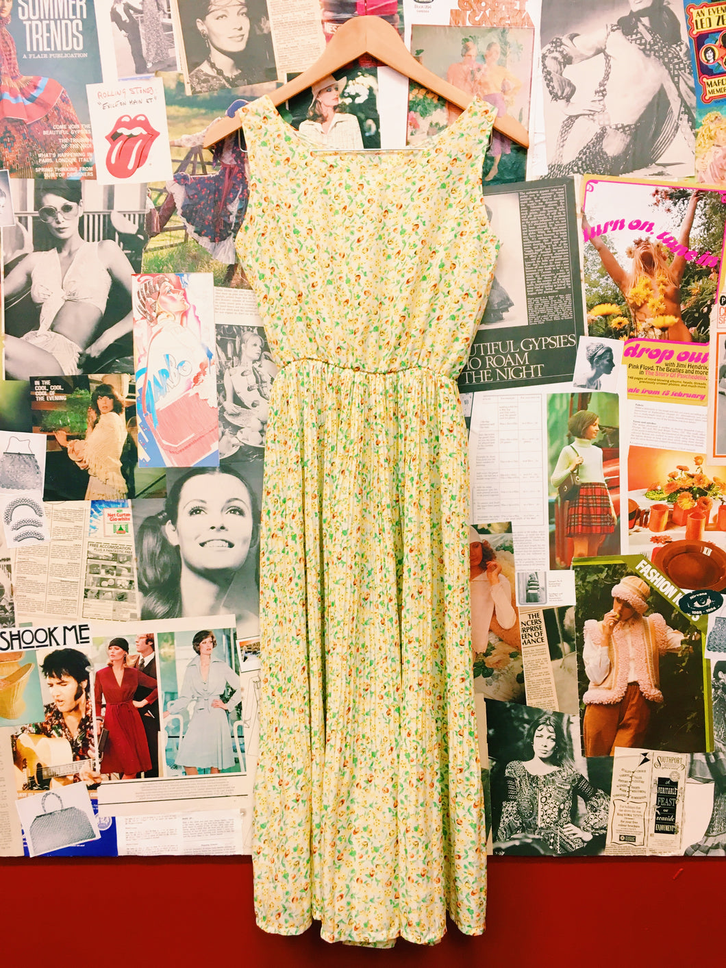 Retro Summers Day Yellow Floral Pleated Dress
