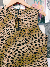 Retro 80's Keyhole Leopard Print Dress