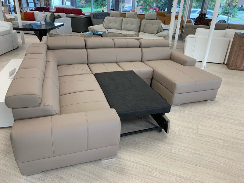VENTO Large Sleeper Sectional