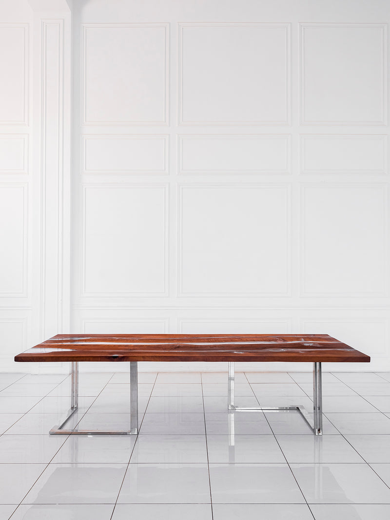LESNOY Dining Table