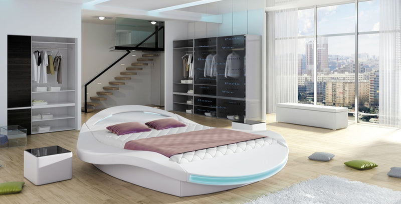 FERRO Platform Bed, European Queen.