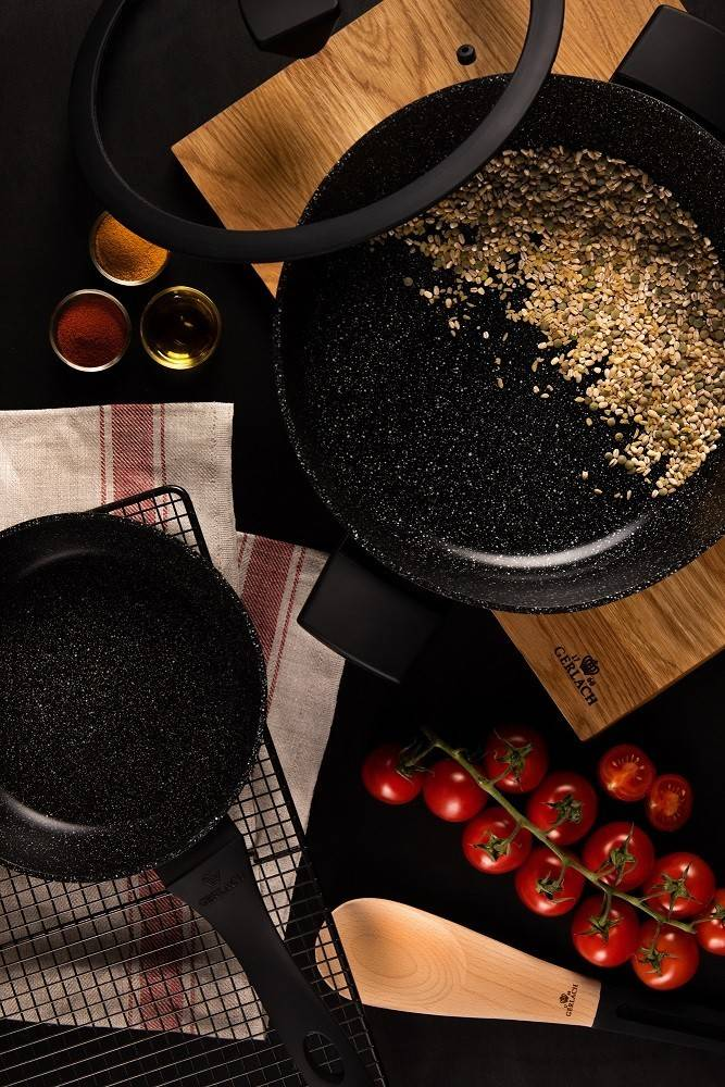 GRANITEX Frying Pan with Lid 7.9""