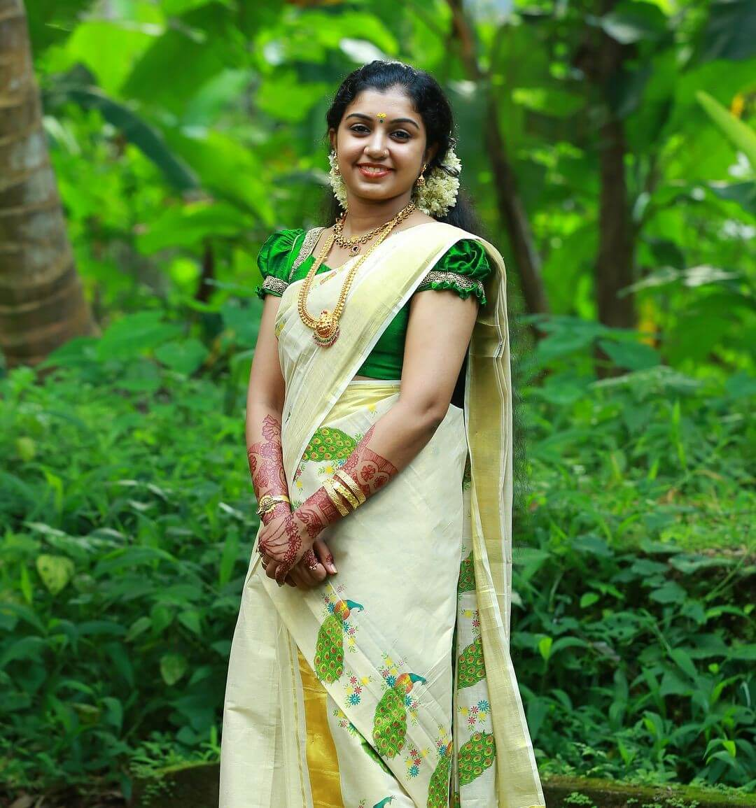 Simple Kasavu Saree