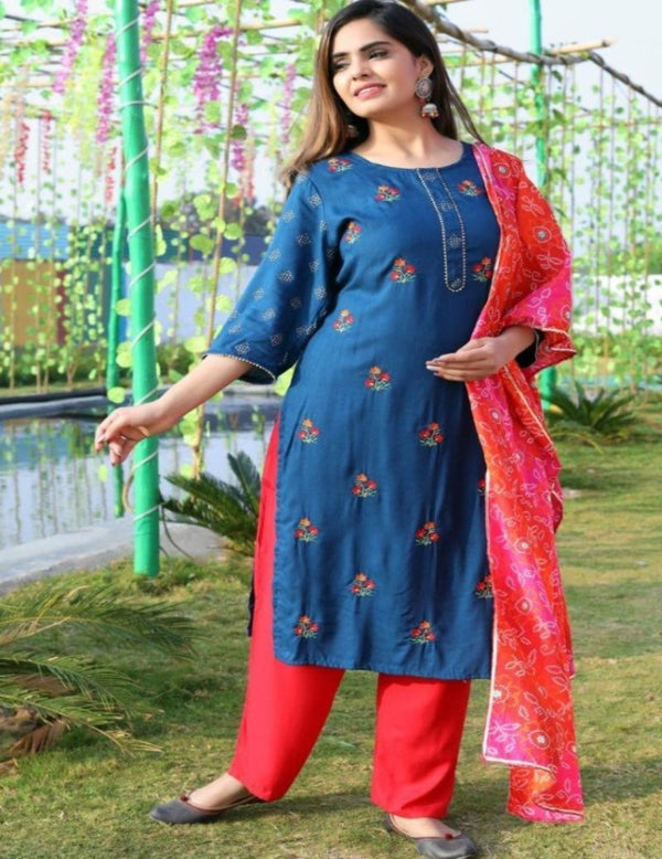 Demy Blue Embroidered Suitset Bandhej Stall