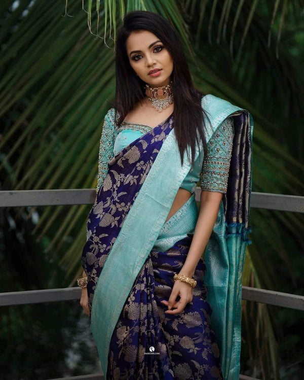 Kanchipuram Navy Blue Classic Saree