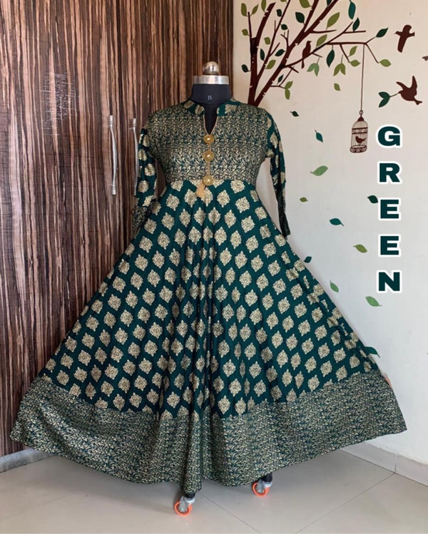 Green gold print button gown