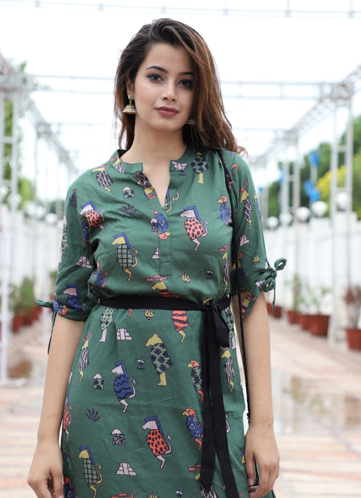 Printed kurti with sling bag