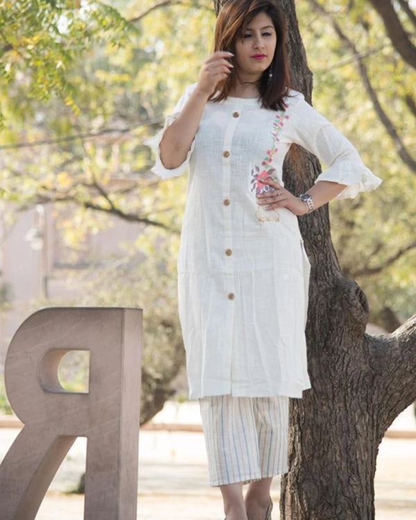 Kurti plazo flower embroidery