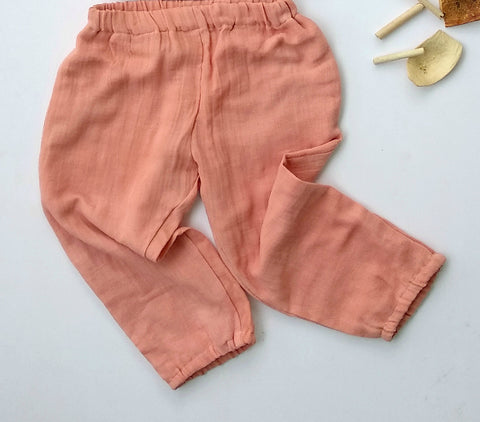 Unisex balloon pants in salmon