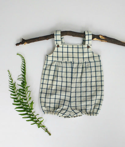 Unisex overalls for baby in checks