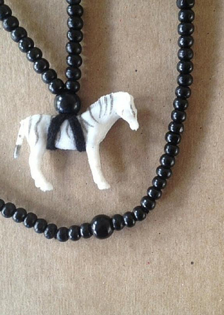 The Mama Necklace – Zebra