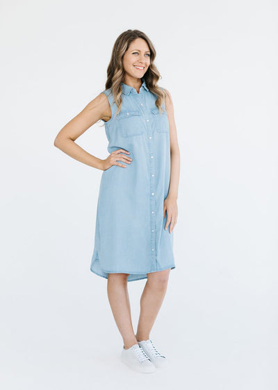 Sleeveless Weekend Shirt Dress