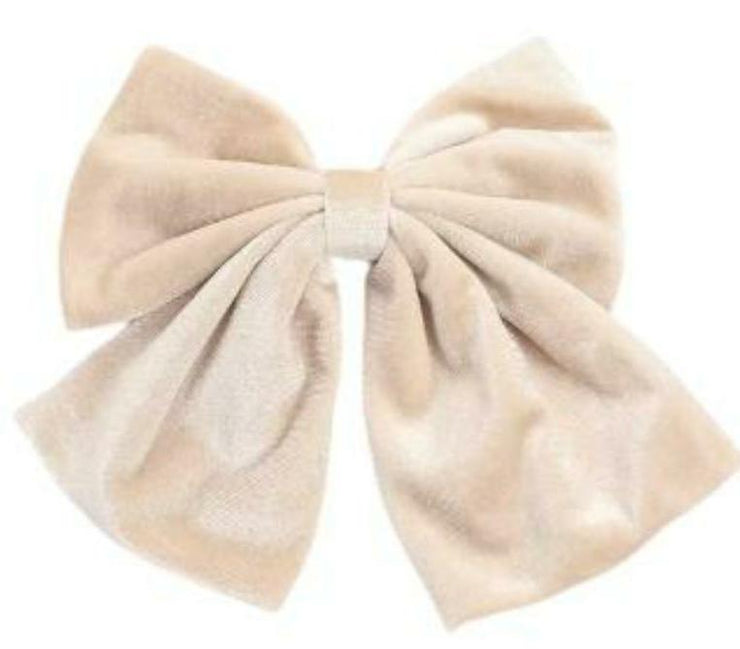 Cozy Party Wear Velvet Hair Bow